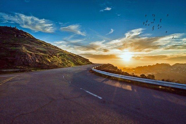 Silnice západ slunce