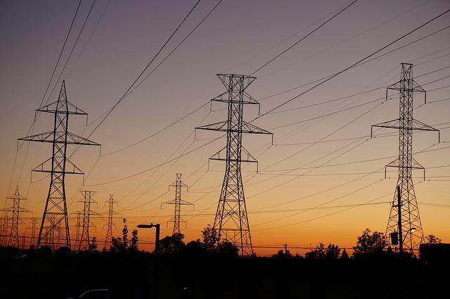 transformátory vedou elektřinu usměrňovanou vypínači