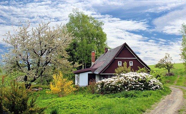 malý domek se zahradou